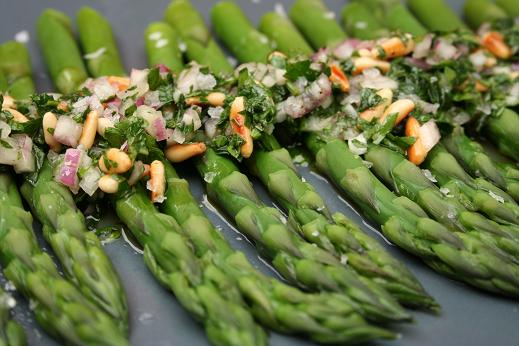 asparagus_with_herby_sauce.JPG