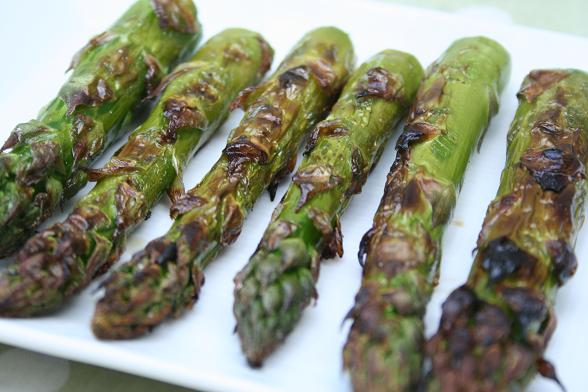 barbecued-asparagus