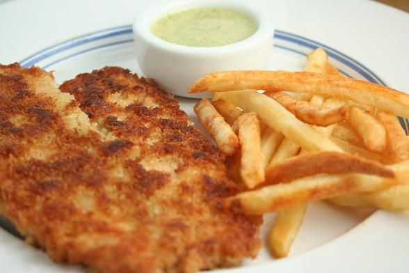 breaded-tilapia-and-chips-with-homemade-tartare-sauce
