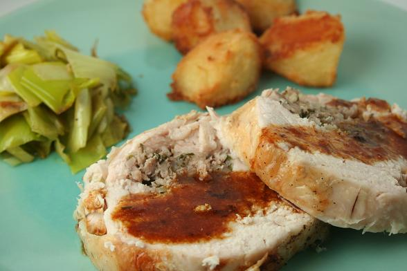 chicken-ballotine-with-roast-potatoes1