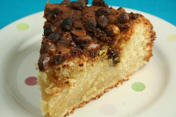 honey-and-lemon-cake-with-pistacios2