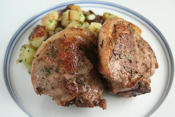 lamb-chops-and-sauteed-potatoes