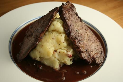 liver_mashed_potatoes_and_bacon