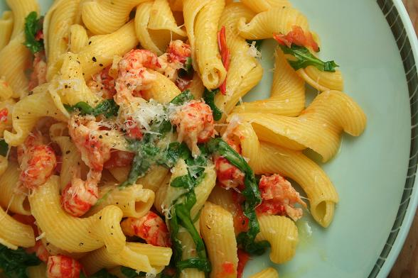 pasta-with-crayfish-and-rocket