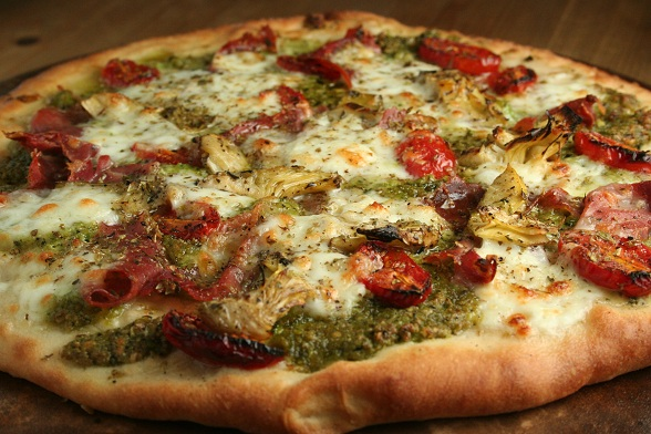 Proscuitto and Pea Pesto Pizza | Dinner Diary