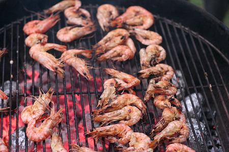 prawns_on_braai.JPG