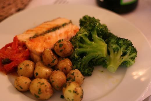 salmon_with_salsa_verde_christmas.JPG