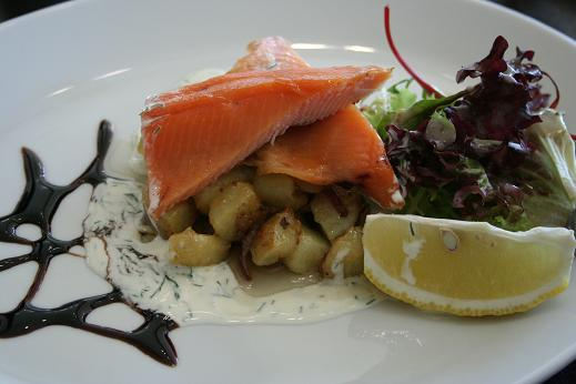 scotland_smoked_trout_salad.JPG
