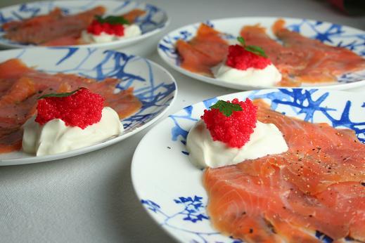smoked_salmon_with_lumpfish_roe