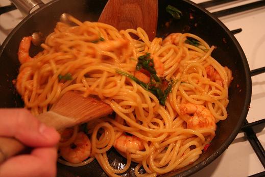 spaghetti_prawns_rocket_again_again.JPG