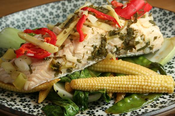 steamed-salmon-with-stir-fried-vegetables