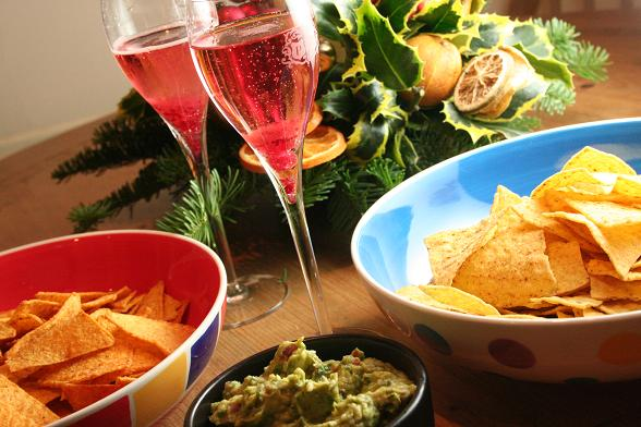 tortillas-and-guacamole-and-prosecco